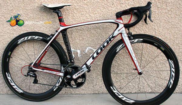 velo de course look 695