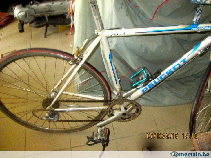 velo de course sport 2000